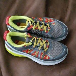 Hoka women shoes